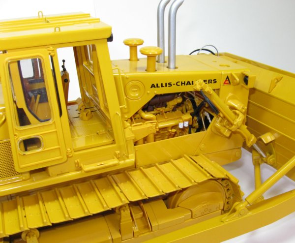 Miniature Construction World - Allis Chalmers HD41 tracked