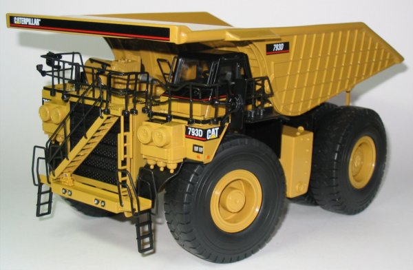 Caterpillar Lorry