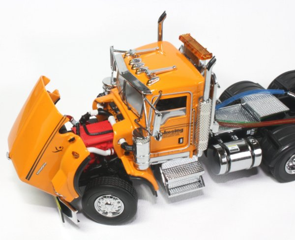 Kenworth T800 with Rogers lowboy and Volvo EC210 Excavator