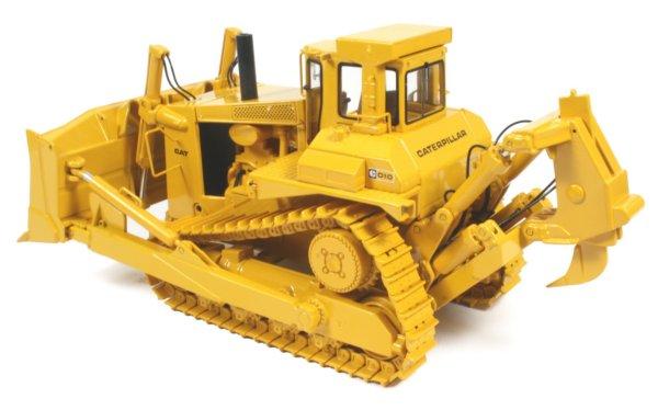 Miniature Construction World Caterpillar D10 Bulldozer