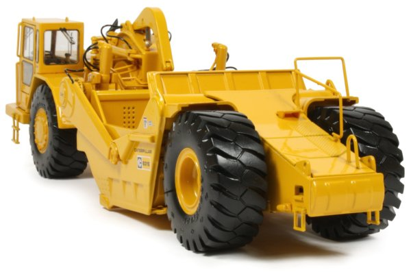 Miniature Construction World Caterpillar 631e Motor Scraper