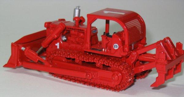 Miniature Construction World International Td25 Bulldozer