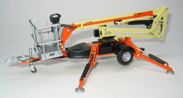 Construction Boom Lift Hydraulic : Miniature construction world jlg t towed boom lift