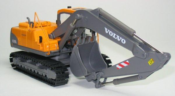 Miniature Construction World Volvo Ec210c Tracked Excavator